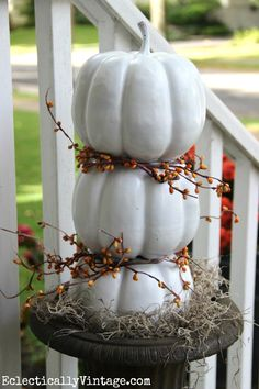 Make a pumpkin topia