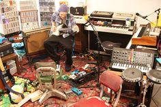 josh klinghoffer synthesizer - Buscar con Google