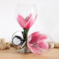 Hand painted wine glasses ~~~ i love these. I could probably paint some myself