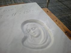 #tombstone #art with Smart-cut of #Breton