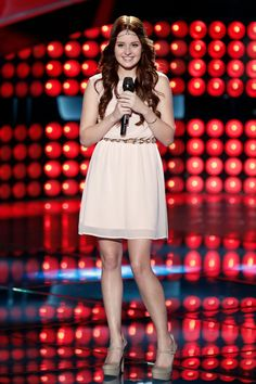 Blake Shelton turned his chair for Brooke Adee. Season 8 - The Voice!