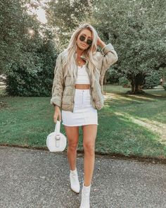 32 Popular Girl Outfits Wear Mini Skirt And White Top This Fall Fall Outfits Skirt Outfits, Fall Outfits, Fashion Outfits, Womens Fashion, White Crop Top Tank, Cropped Tank Top, Olive Jacket, Green Jacket, Denim Mini Skirt