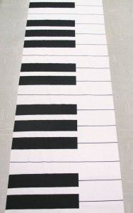 This piano prodigy bar mitzvah boy loved his Piano aisle runner by The Original Runner Company. www.originalrunners.com