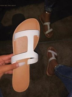 Clear shoes new summer open toe belt buckle flat slippers ladies Snake shallow casual beach Slide woman shoes Ankle Boots, Ankle Strap Sandals, Flat Sandals, Flip Flop Sandals, Leather Sandals, Flip Flops, Soft Grunge, Grunge Style, Vans Authentic