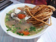 Sanzi (deep-fried noodles) lamb soup | Taiwanese Chinese cuisine 饊子羊肉湯