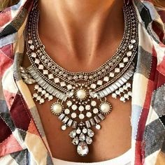 Zara Statement Necklace ONLY $14!!! Use code AMELIA10 for 10% off!
