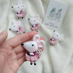 Crochet Bunny Pattern, Crochet Rabbit, Crochet Mouse, Crochet Patterns Amigurumi, Cute Crochet, Amigurumi Doll, Knit Crochet, Crochet Brooch, Crochet Animals