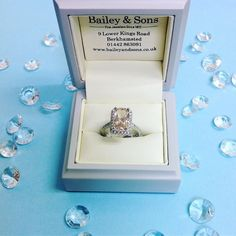 In 2016 we saw the beautiful pink-peach coloured gemstone Morganite everywhere! This 18ct White Gold 4.35ct Morganite surrounded by diamonds is still our favourite  #platinum #diamond #emerald #sapphire #ruby #handmade #jewellery #diamondjewellery #gold #berkhamsted #hertfordshire #london #watch #luxury #england #engagementring #wedding #weddingring #baileyandsons #raymondweil #morganite #tissot #clogau #bespokejewellery #pendant #ring #bracelet #earrings