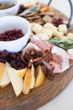 how to create an epic charcuterie board Plum Pretty Sugar, Charcuterie Board, Beauty Tutorials, Lunch, Beef, Create, Food, Meat, Eat Lunch