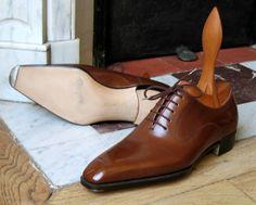Des souliers d'exception entièrement faits à la main par Anthony Delos... Meilleur Ouvrier de France 2011...