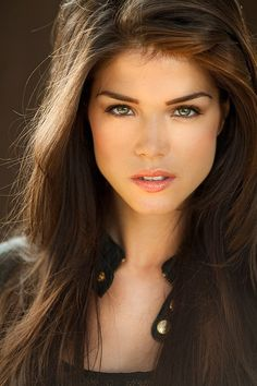 Marie Avgeropoulos from the new CW show The 100