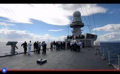 L'evoluzione militare delle portaerei italiane In queste riprese risalenti al 2013, l'ammiraglia della flottaitaliana mette in mostra gli artigli acciaiosi in occasione del meeting tenutosi a sud della Sardegna dell'Atlantic Council, il comitato #navi #militari #guerra #battaglie #storia