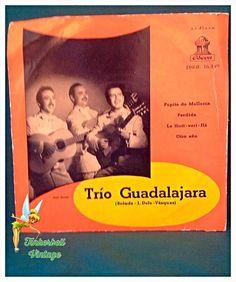 """Trio Guadalajara Pepita De Mallorca 45rpm 7"""" Vinyl Record. Very Good Condition. Vintage Collectible. by TinkerbellVintage on Etsy"""