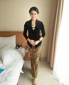 Kebaya Lace, Kebaya Hijab, Kebaya Brokat, Batik Kebaya, Kebaya Dress, Kebaya Muslim, Batik Dress, Muslim Dress, Model Rok Kebaya