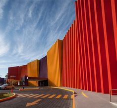 Gallery of Teletón Infant Oncology Clinic / Sordo Madaleno Arquitectos - 17 Factory Architecture, Colour Architecture, Modern Architecture Design, Industrial Architecture, Architecture Awards, Facade Design, Facade Architecture, School Architecture, Amazing Architecture