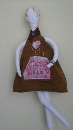 Doll Françoise comes bonnot poupee