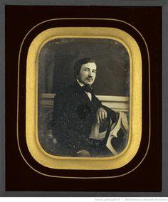 [Portrait d'homme, à mi-corps, assis, de trois-quarts à droite, l'avant-bras…