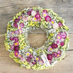 Summer wreath, yellow and pink