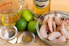 die besten 25 tequila lime shrimp ideen auf pinterest einfaceh krabben tacos gegrillte. Black Bedroom Furniture Sets. Home Design Ideas