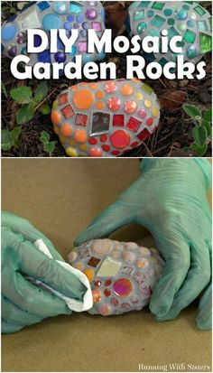""""" 20 Brilliant Repurposing Ideas and Projects For Broken China And Other Glass """" DIY Mosaic Garden Rocks aus Glasscherben """" Broken Glass Crafts, Broken China Crafts, Broken Glass Art, Sea Glass Art, Glass Wall Art, Stained Glass, Window Glass, Mosaic Garden Art, Mosaic Diy"