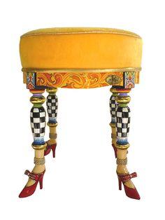 DRAG Hocker VERSAILLES für königliches Feeling in den eigenen vier Wänden - erhältlich bei www.amaru-design.com