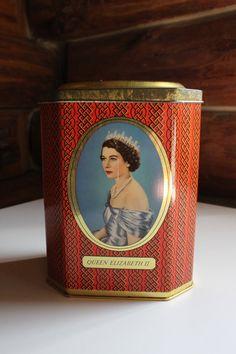 VINTAGE 1953 Queen Elizabeth Coronation Souvenir