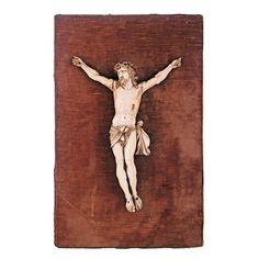 CRISTO DE MARFIL S. XIX Bonitatalla francesa de marfil sobre base de terciopelo. S. XIX. Peso: 815 gr. Medidas: 38 x 24 cm.