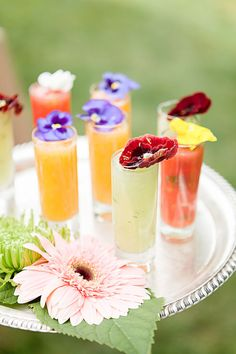 Surprise your wedding guests with seasonal cocktails as they enter your Spring wedding reception. Bridal Shower Favors, Bridal Showers, Spring Wedding, Wedding Blog, Wedding Reception, Fresco, Barefoot Wedding, Ladies Luncheon, Edible Flowers