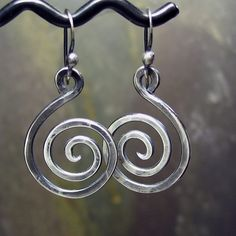 ANOTHER idea that lets me beat the snot out of the metal AND create a beautiful set of earrings! Welcome to what I'm offering during Sturgis Rally 2012!! So COOL!