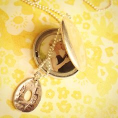 Wedding locket. Custome Jewelry.   Find more in www.facebook.com/cananmaga   Email cananmaga@gmail.com