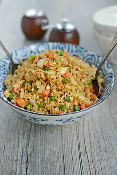 Easy Vegetable Fried Brown Rice with Egg - Simply Scratch Rice Cooker Recipes, Veggie Recipes, Asian Recipes, Appetizer Recipes, Vegetarian Recipes, Cooking Recipes, Healthy Recipes, Asian Foods, Meal Recipes