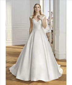 Vestido De Noiva Sexy V Neck Wedding Dresses Simple Satin Bridal Dress with Pockets Custom Made Back Button Wedding Gown