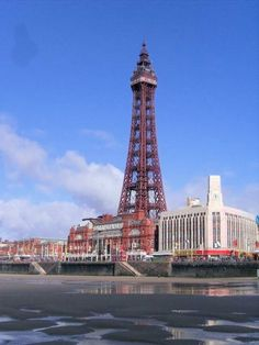 Blackpool Tower showing the old sea wall Blackpool Uk, Paris Torre Eiffel, English Summer, Best Of British, Lighthouses, Lands End, Homeland, Memoirs, Summer Time