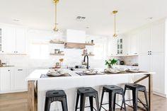 Breakfast Nooks and Breakfast Bars : Food Network Grey Kitchen Island, All White Kitchen, Big Kitchen, Family Kitchen, Kitchen Pantry, Kitchen Ideas, Organized Kitchen, Kitchen Updates, Kitchen Corner