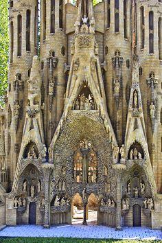 Great photo or an intriguing place-La Sagrada Familia - Barcelona