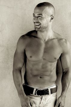 Joey Lawrence - when the hell did this happen?!