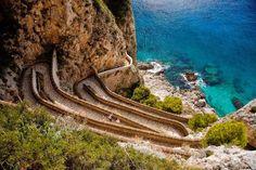 Via Krupp, uma das trilhas mais deslumbrantes da Ilha de Capri