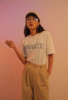 ROMANTIC Lettering T-Shirt   STYLENANDA