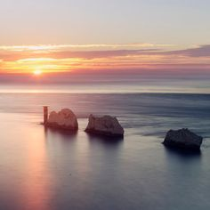 Needles Lighthouse, Isle of Wight, England Chalk Rock, Silver Wall Art, Trinity House, Little Island, Isle Of Wight, British Isles, Art Google, Travel Pictures, Fresh Water
