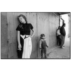 Mary Ellen Mark - Streetwise - 300E-034-13A
