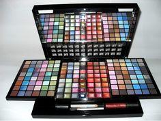 Paletas de maquiagens - Pesquisa Google