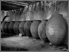 Tinajas en la Real fábrica de paños III (Brihuega - Guadalajara)  Por José Luis Rojo García