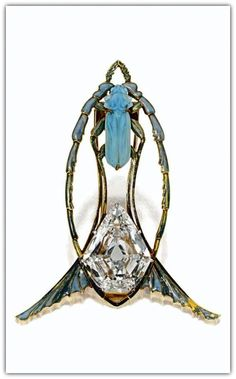 RENÉ LALIQUE | Art Nouveau Gold, Diamond, enamel and glass Brooch. Circa 1900.