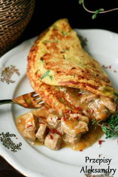 Poland - Potato pancakes with cooked potatoes and herbs/ placki ziemniaczane I Love Food, Good Food, Yummy Food, Poland Food, B Food, Fast Dinners, Cooking Recipes, Healthy Recipes, Paella