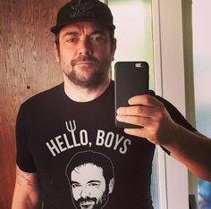 Mark Sheppard..Hello Boys tweet shirt