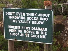 Don't you dare! Afrikaans, Funny Road Signs, South Africa, Languages, Signage, Skull, Country, Humor, Rice