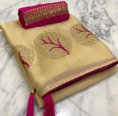 Moss chiffon saree with embroidered banglori silk fabric blouse Price : including shipping with in India Code : . **The actual colour may slightly differ from the picture** Chiffon Saree, Saree Dress, Cotton Saree, Sari Blouse, Georgette Sarees, Banaras Sarees, Kota Sarees, Kanchipuram Saree, Blouse Neck