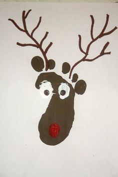 Little_Foot_Reindeer_Print Christmas craft... Wonder if I can get Harry to do this without walking paint all over the house