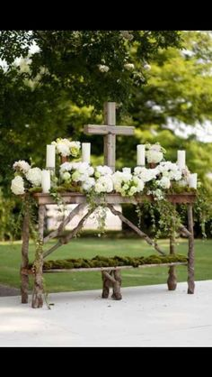 Wish I had seen this before our outdoor western wedding. I would have copied it for the alter.