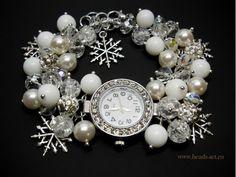 """Белые наручные часы """"Снежинка"""" с браслетом из агата, кварца кракле, жемчуга Сваровски"""